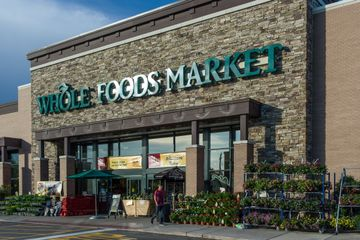 The Smartest Whole Foods Shoppers Take Advantage of This Hack