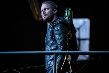 "Stephen Amell Reveals Arrow Will End After Season 8: ""You Can't Be a Vigilante Forever"""