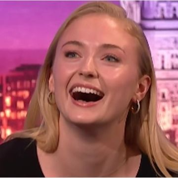 "Watch Game of Thrones's Sophie Turner Spit ""Pure Fire"" While Rapping ""The Real Slim Shady"""