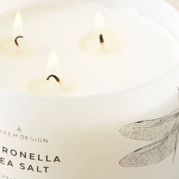 The Prettiest Mosquito-Repelling Candles You've Ever Seen and Sniffed