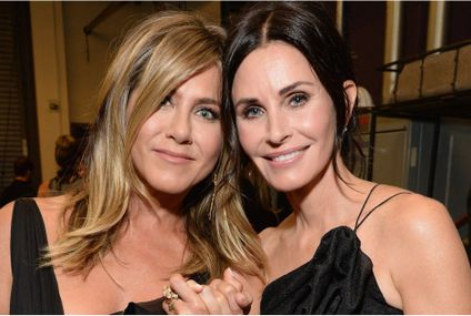 Jennifer Aniston and Courteney Cox Are the Epitome of Friendship Goals at the AFI Gala