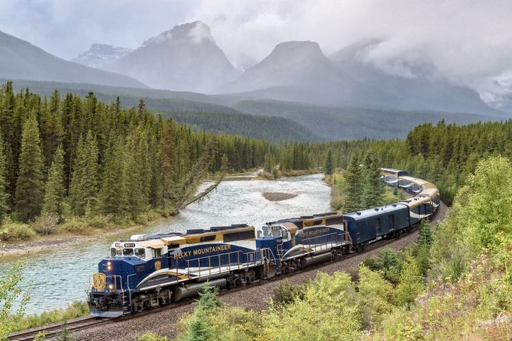 Rocky-Mountaineer.jpg