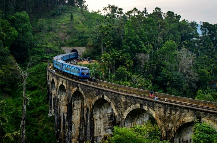 Sri-Lanka-Railways.jpg